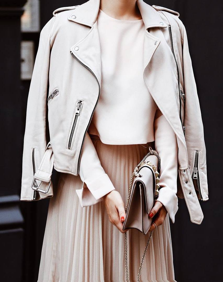 blush outfit inspiration / biker jacket + top + bag + pleated skirt