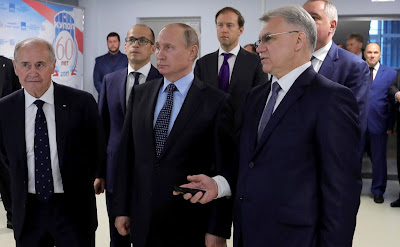 PresidentPutinvisitedIzhevsk Electromechanical Plant Kupol.