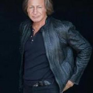 Mohamed Hadid house, wife, age, children, net worth, fiance, girlfriend, religion, home, house tour, house address, nationality, kids, new house, wiki, wikipedia, muslim, first wife, who is, how much is worth, how old is, where is from, how tall is, mary butler, anwar hadid, young, shiva safai, gigi hadid, yolanda foster, yolanda hadid, mansion, olympics, mary butler and, shiva, house bel air, and yolanda hadid, khairiah hadid, aha hadid, net worth forbes, joanna krupa, instagram, twitter
