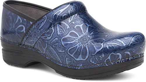 20fd4637c299 Ultimate comfort and performance give this iconic clog silhouette what you  need for a long day on your feet. A removable cushioned footbed and ...