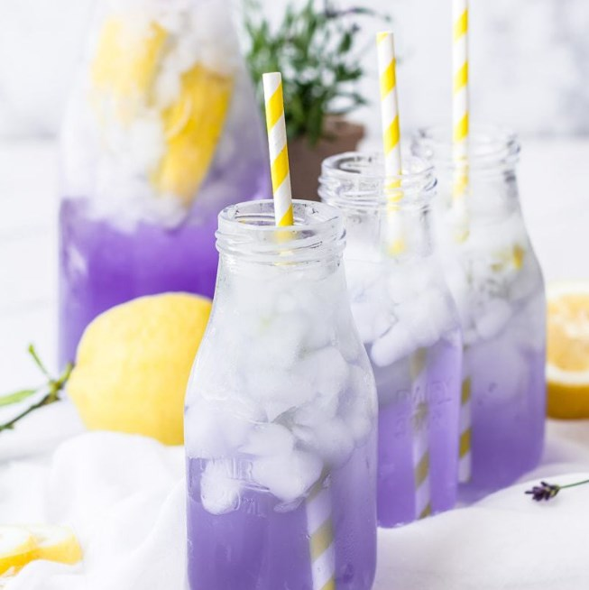 Sparkling Lavender Lemonade #fresh #drinks
