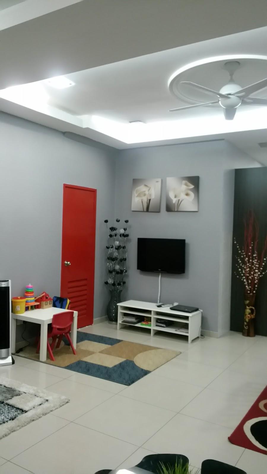 Dinding Stor Tu Saya Cat Kelabu Jugak Dulu Tv Je Yg Warna