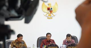 Saat Jokowi Hitung Durasi Pidato Wiranto yang Tak Sampe 7 Menit