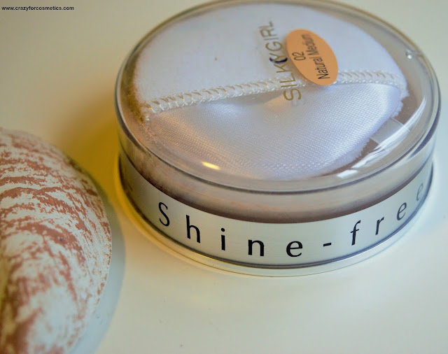 Silkygirl Shine Free Loose Powder 02 Natural Medium Review