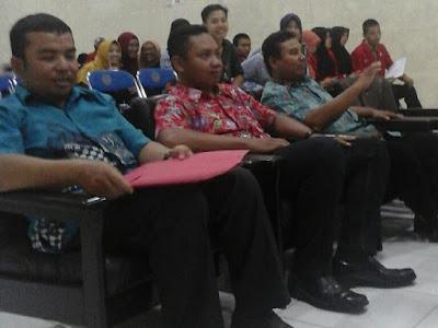 Dewan juri lomba debat mahasiswa IMM 2016