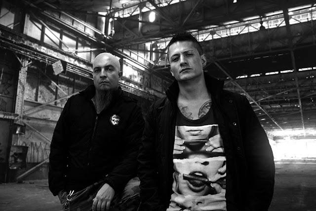 En este episodio compartimos historias con la banda MANTRA CORNUTA, una banda de Nu Metal / Groove Metal.