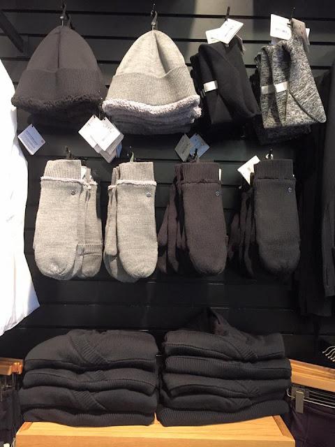 lululemon sherpa-mitten-hat