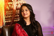 Anushka at Rudramadevi Promotion-thumbnail-16