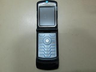 Motorola V3i Rusak Buat Kanibalan Sparepart dan Aksesoris