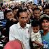 Sambangi Pusat Perbelanjaan di Padang, Presiden Belanja Celana _Jeans
