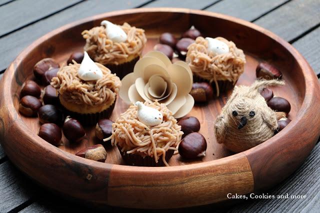Marronicupcakes mit Meringue und Vermicelle