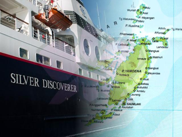 Kapal Pesiar MV Silver Discoverer Transit di Saumlaki