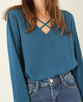 http://www.pimkie.fr/p/blouse-a-col-croise-561521B36A06.html