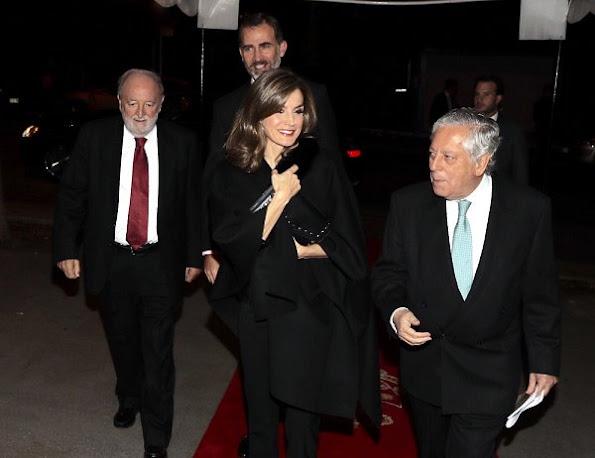 Queen Letizia wore Sofia Cashmere Women's Black Fox Fur and Cashmere Cape