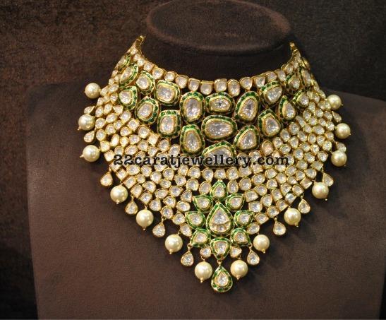 Flat Diamonds Kundan Set with Earrings