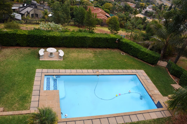 Hotel Review - All Seasons Boutique Bed and Breakfast #Pretoria @Bains_Lodges #SouthAfrica