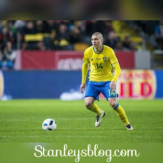 Man Utd Announce Victor Lindelof Dea