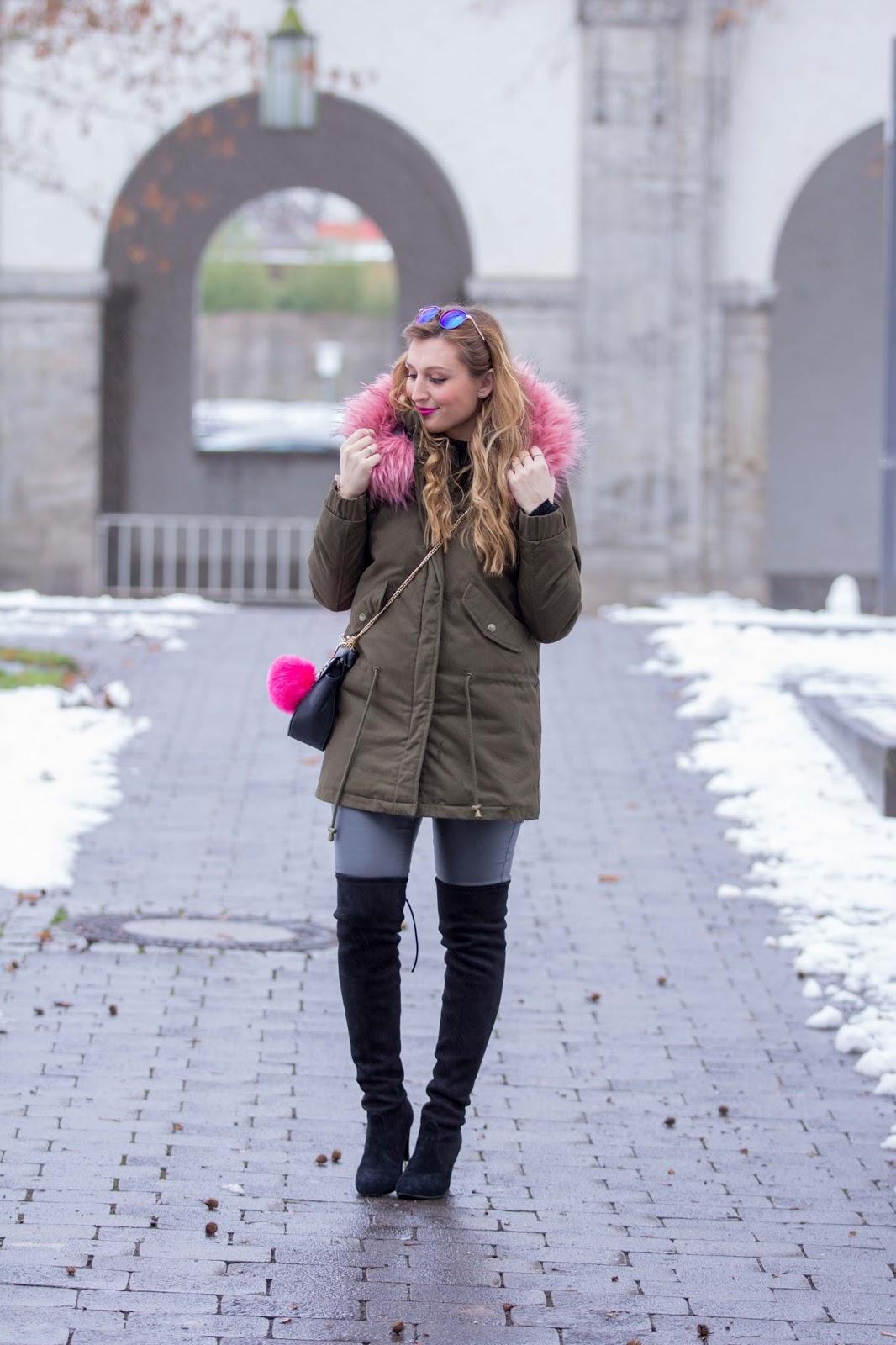 Fashionblogger-Parka-Parka-mit-buntem-Fell-pinkes-Fell-Khaki-Parka-BloggerstyleFashionblogger-Parka-Parka-mit-buntem-Fell-pinkes-Fell-Khaki-Parka-Bloggerstyle