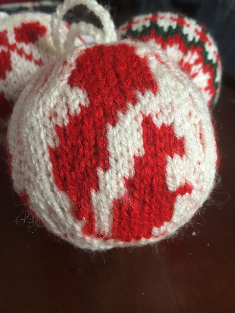 the squirel christmas ball