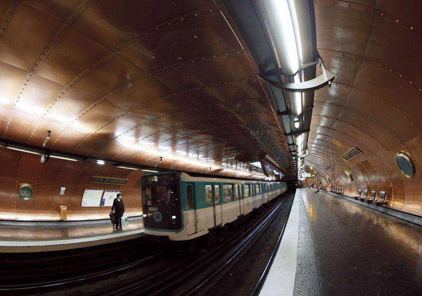 Metro Tannenbaum.Oh By The Way Beauty Architecture Metro Stations Around The World