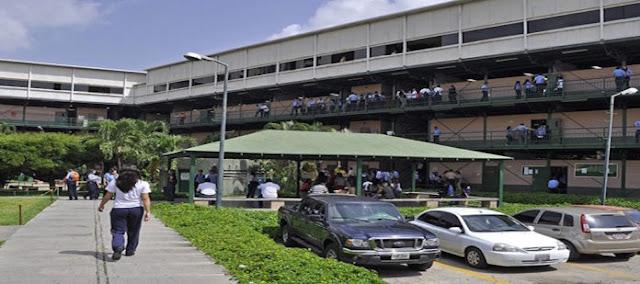 Colegios privados están en la incertidumbre ante las medidas económicas de Maduro