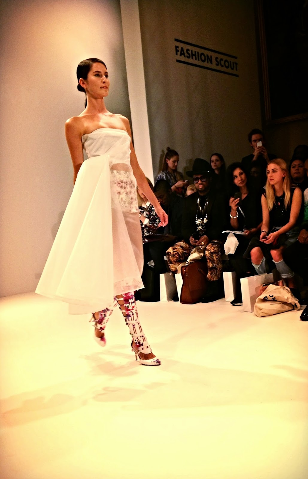 london fashion week oang oaj pairam ss15