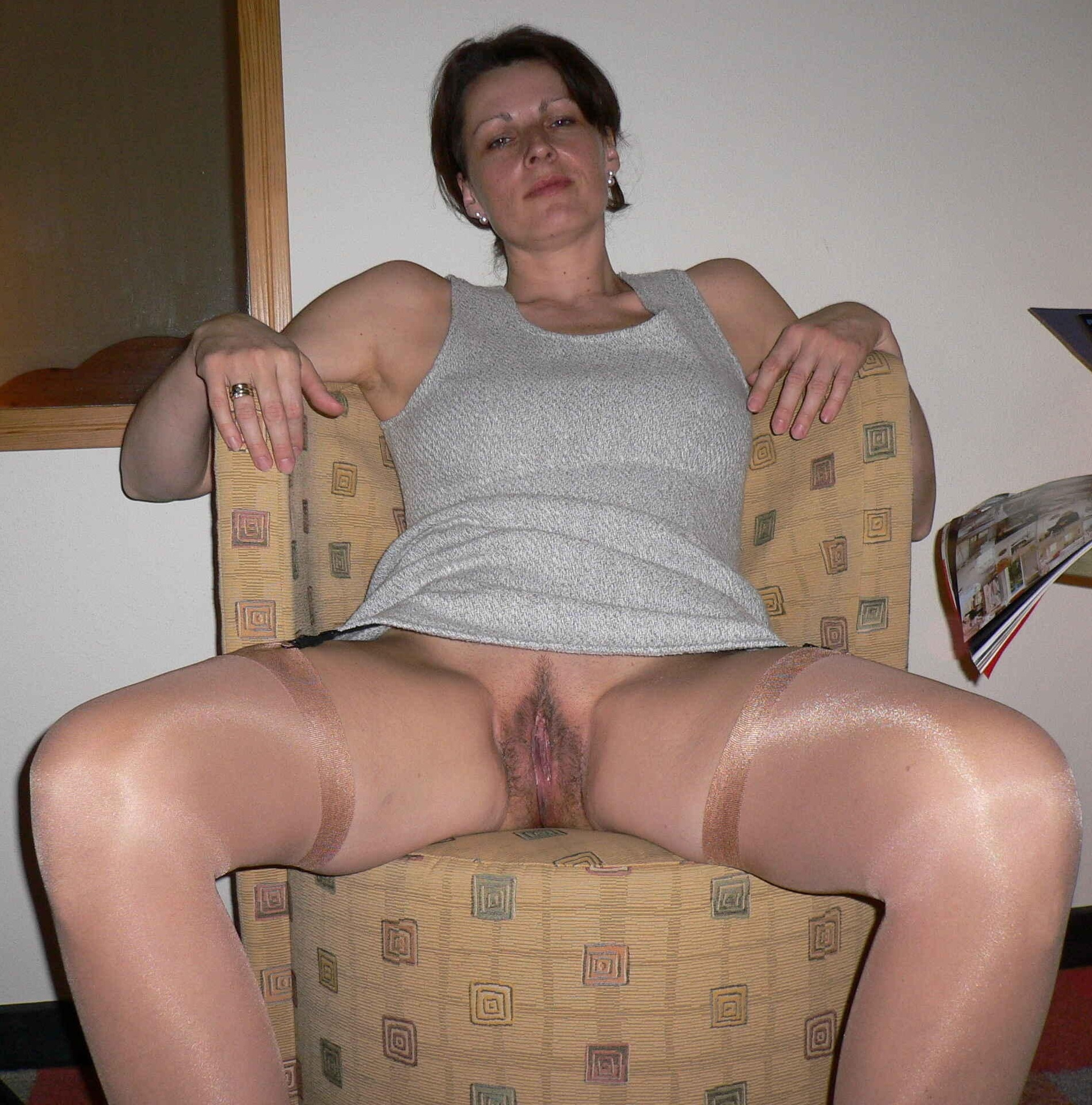 amateur-wife-upskirt