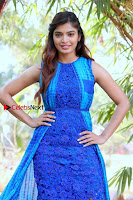 Tamil Actress Sanchita Shetty Latest Pos in Blue Dress at Yenda Thalaiyila Yenna Vekkala Audio Launch  0011.jpg