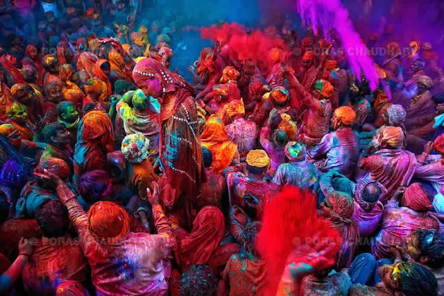 مهرجان هولى، أو مهرجان الألوان بالهند