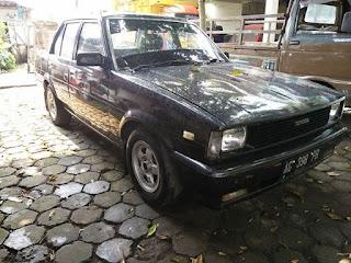 BURSA MOBIL JADOEL : Dijual Corolla DX th 81..Mobil Murah Paling Bandel