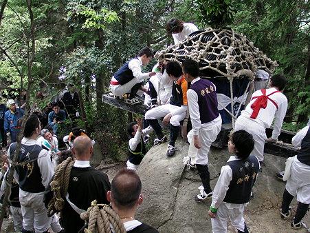 Iba-no-Sakakudashi Matsuri (rolling float), Higashiomi City, Shiga Pref.