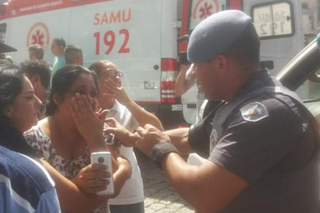 BBUITrx - Veja fotos do massacre em Suzano