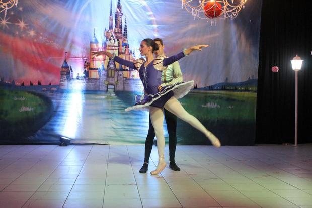Em noite inesquecível, Escola Dinâmica realiza grandioso Festival de Balé