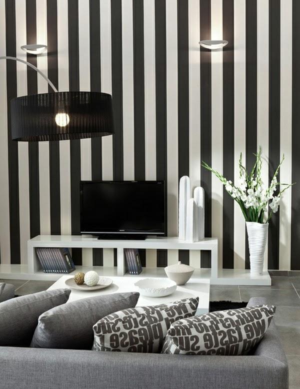 Salas con paredes a rayas negras y blancas salas con estilo for Papel de rayas para pared