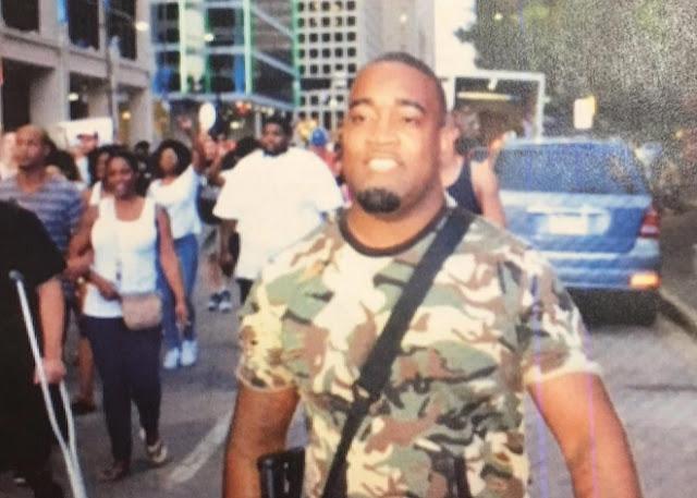 Matan 4 policías y 7 heridos protestas en Dallas