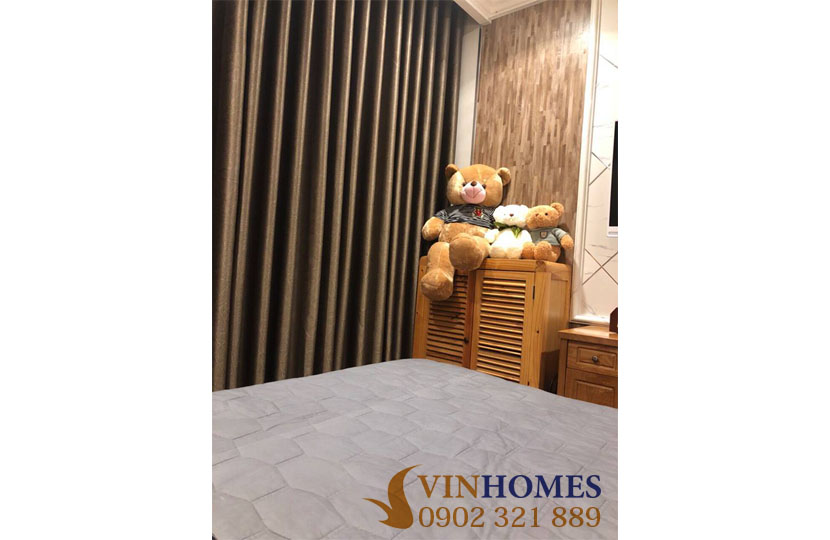 Bán căn hộ 3PN tầng trung tòa nhà L3 khu Vinhomes | giường ngủ
