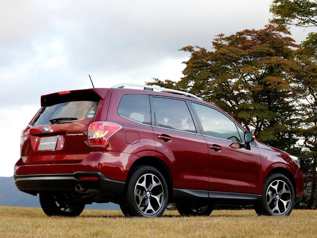 Rear View 2014 Subaru Forester US Version
