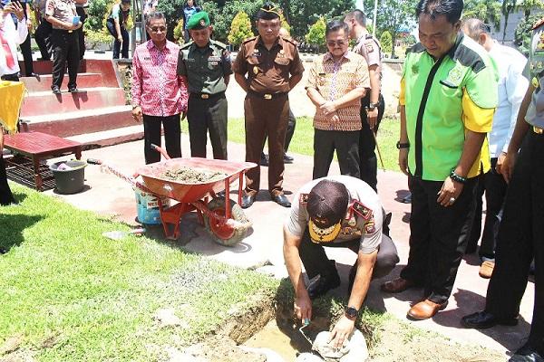 Polda Letak Batu Pertama Bhayangkara Wira Pratama Polres Sekadau