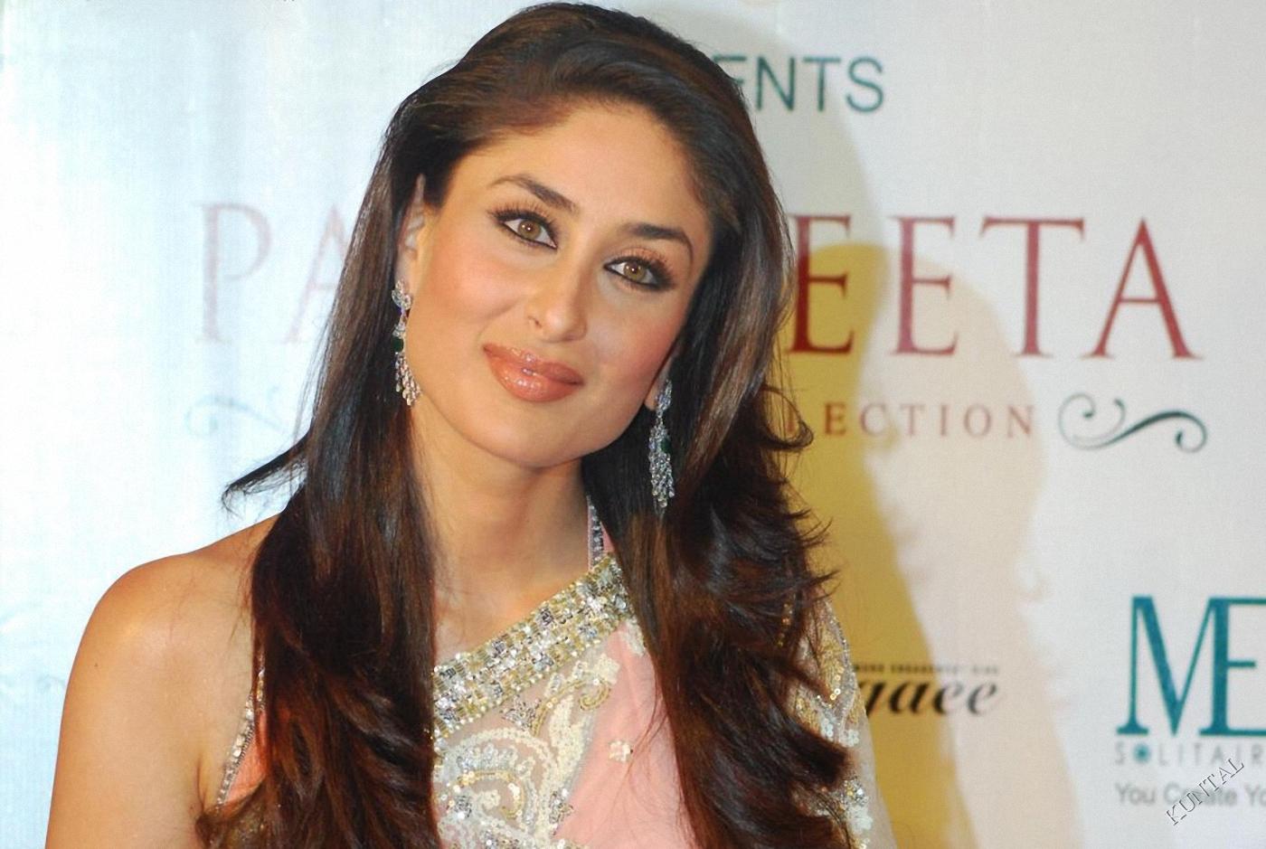 521 Entertainment World: Latest Kareena Kapoor Hot Sexy Wallpapers 2012