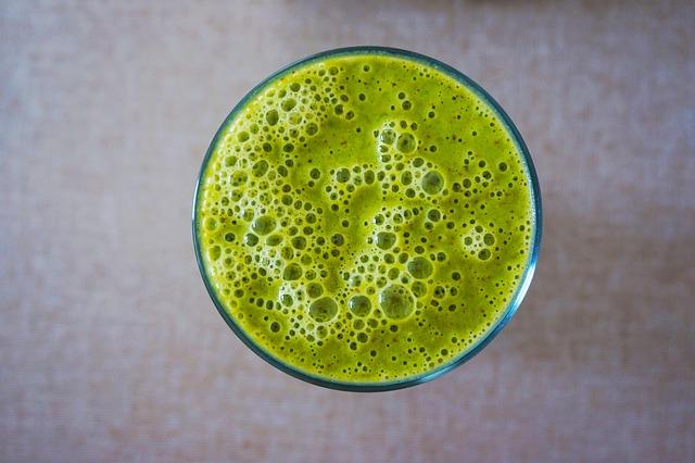 Esta bebida verde tiene todas las proteínas y nutrientes que necesitas para el desayuno