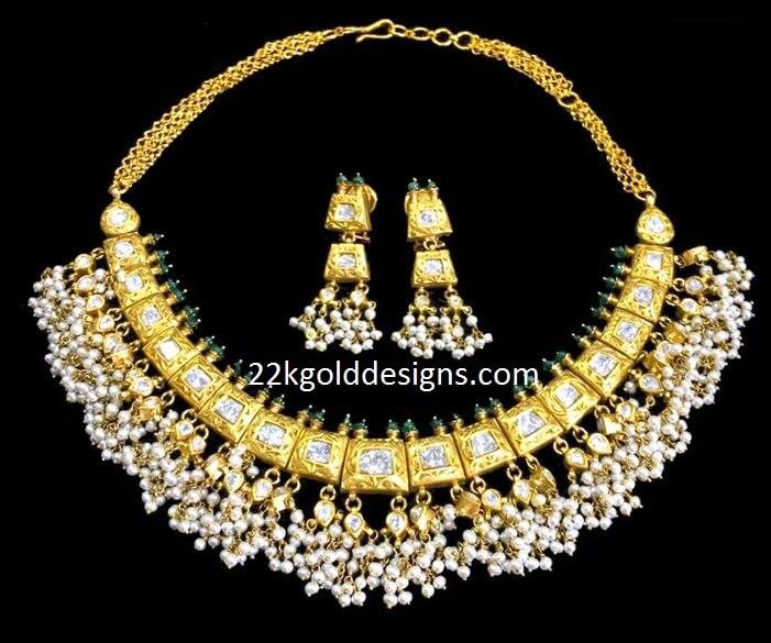 6.5 Lakhs Uncut Diamonds Pearls Necklace