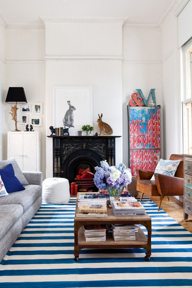 styling: blue and white striped rugs | Lunch & Latte
