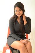 Neha deshpande new sizzling pics-thumbnail-4