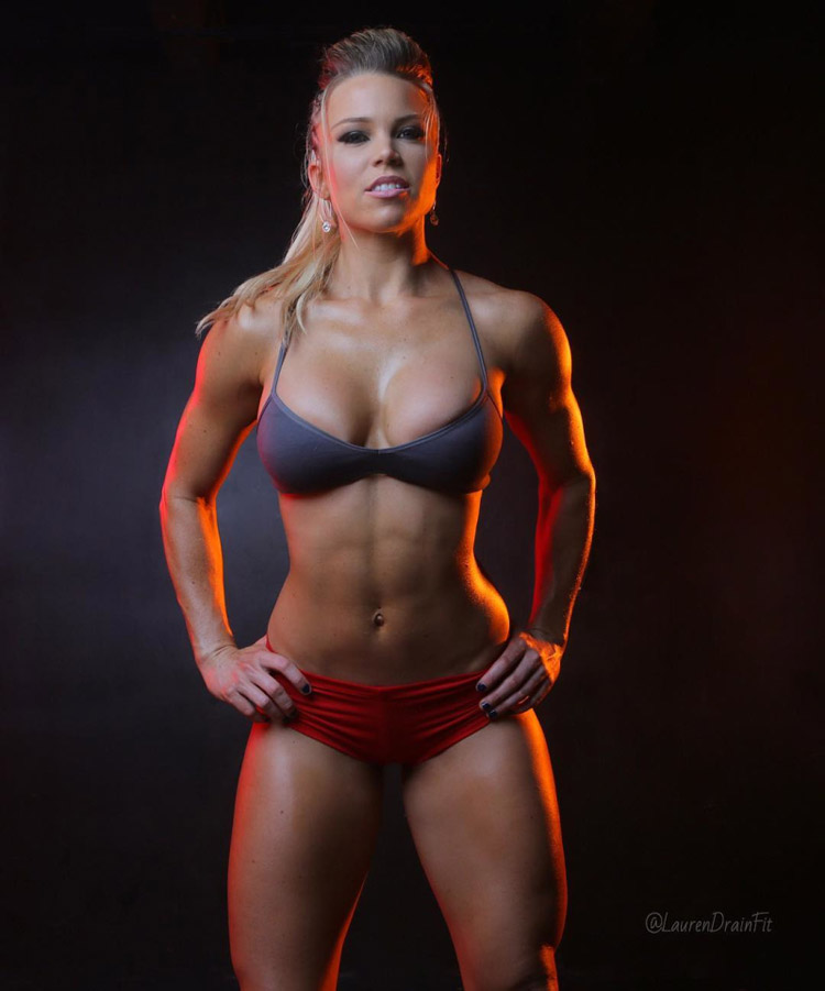 hottest fitness model nude
