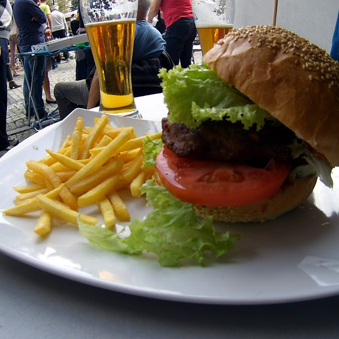 Najlepsze połączenie | Sofa Beer&Burger | Jelenia Góra