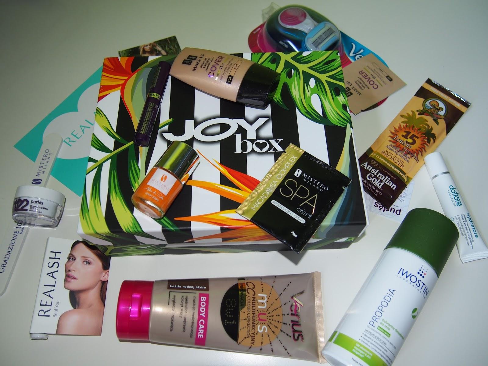 Joybox - wakacyjne pudelko pelne kosmetykow
