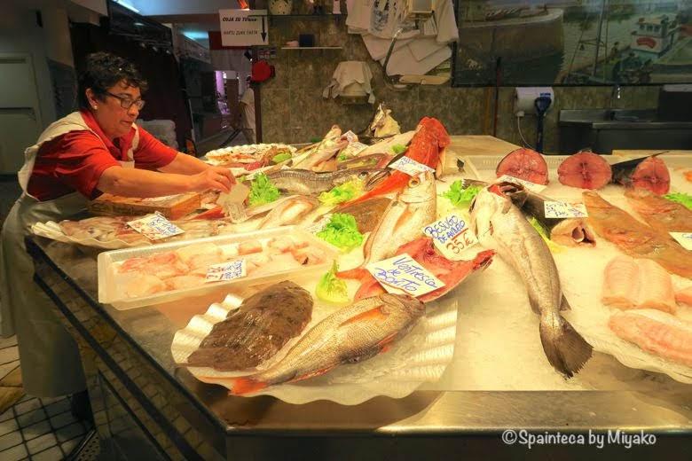 Mercado de La Bretxa, San Sebastián 北スペイン美食の町サン·セバスティアンのラ·ブレチャ市場の採れたて新鮮な魚たち