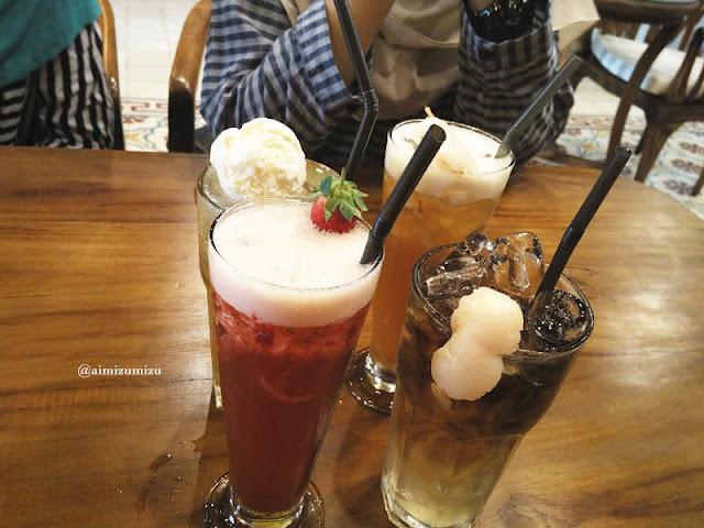 Papali steak house Padang Minuman