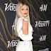 Witney Carson posa para fotos no Variety's Power of Young Hollywood event na TAO Hollywood em Los Angeles, na California – 08/08/2017