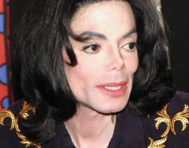 طبيب مايكل جاكسون يفجر مفاجأة صادمة حول وفاته... لم يكن ميتاً كما قالوا! حقائق جديدة صادمة